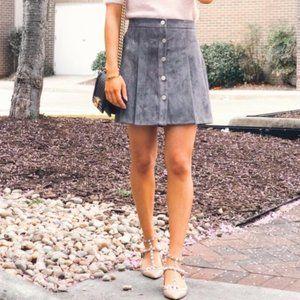 Chicwish mini grey skirt. Size S.
